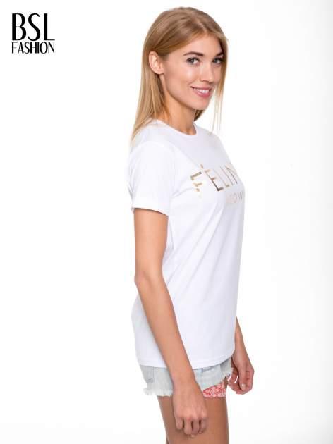 Biały t-shirt ze złotym napisem FÉLINE MEOW                                  zdj.                                  3