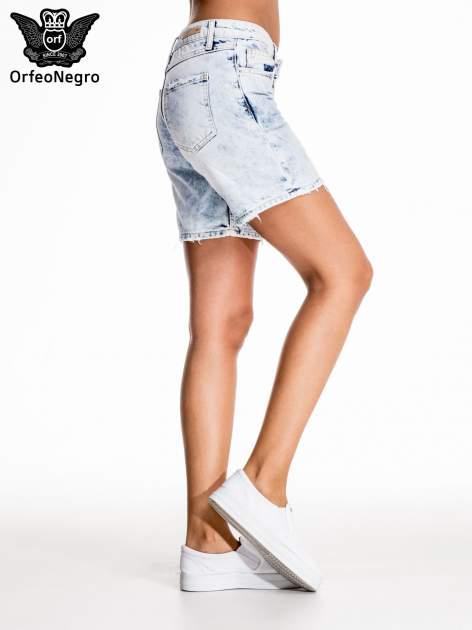 Błękitne jeansowe szorty z dłuższą nogawką                                  zdj.                                  5