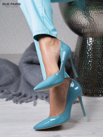 Błękitne lakierowane szpilki Jennifer w szpic                                  zdj.                                  1