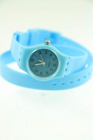 Błękitny zegarek damski na silikonowym pasku
