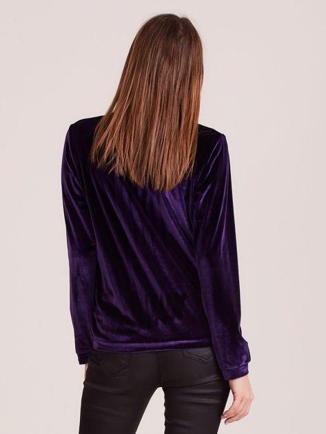 Bluza damska welurowa z błyszczącymi kamykami fioletowa                              zdj.                              3