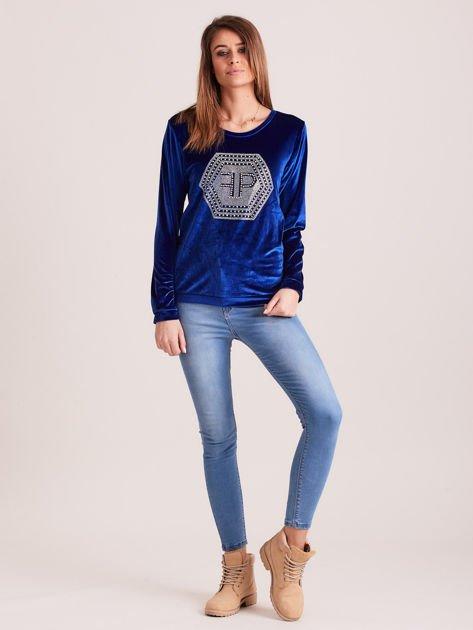 Bluza damska welurowa z błyszczącymi kamykami niebieska                              zdj.                              4