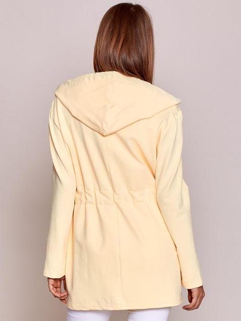 Bluza z kapturem i troczkami żółta                              zdj.                              2