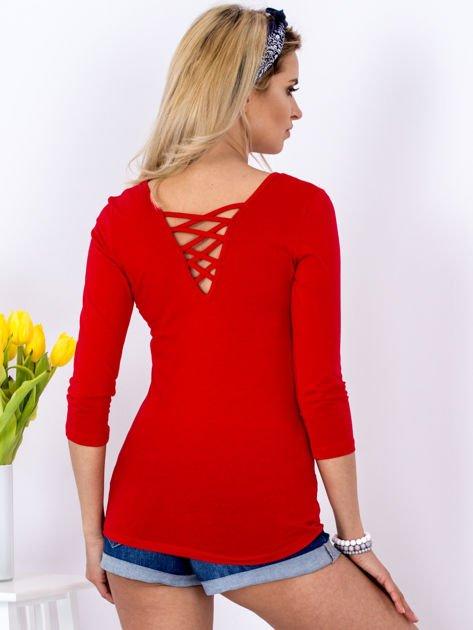 Bluzka czerwona z plecionym dekoltem na plecach                              zdj.                              2