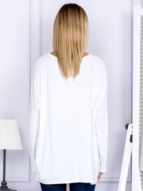 Bluzka damska oversize biała                              zdj.                              2
