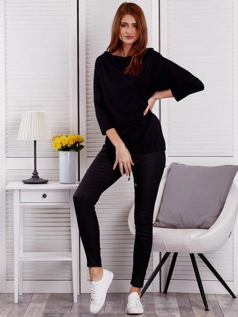 Bluzka damska oversize z kieszenią czarna                                  zdj.                                  4