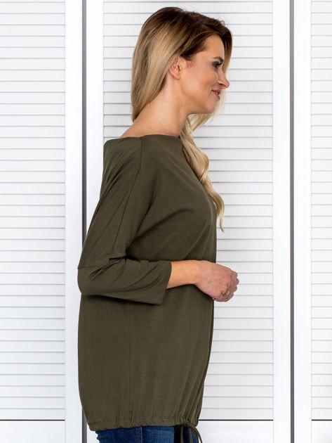 Bluzka damska oversize z kieszenią khaki                              zdj.                              3