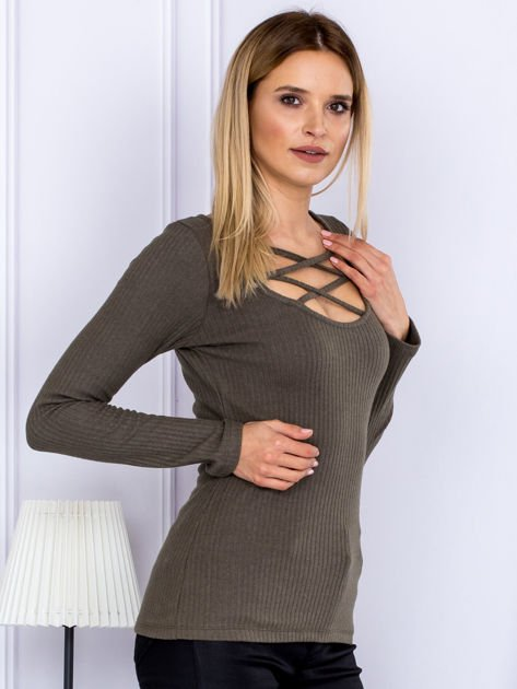 Bluzka damska w prążek z paseczkami przy dekolcie khaki                              zdj.                              3