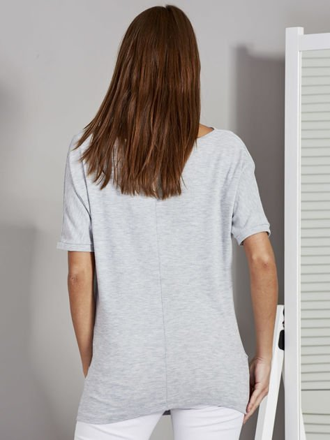 Bluzka damska z lejącym dekoltem szara                              zdj.                              2
