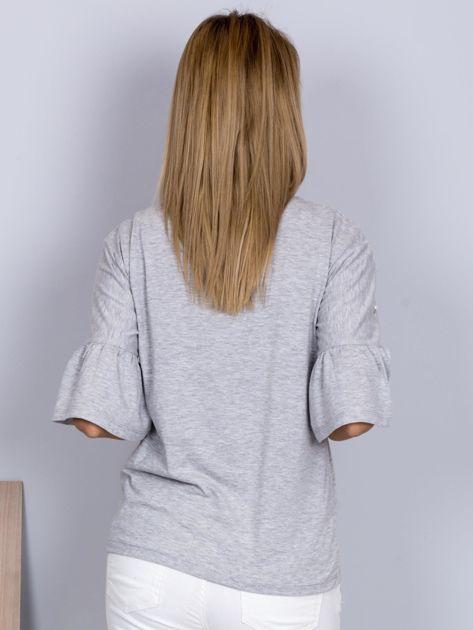 Bluzka z rozszerzanymi rękawami i perełkami jasnoszara                              zdj.                              2