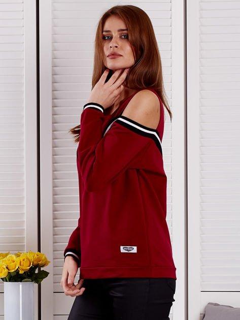 Bordowa bluza z ukośnymi ściągaczami                              zdj.                              3