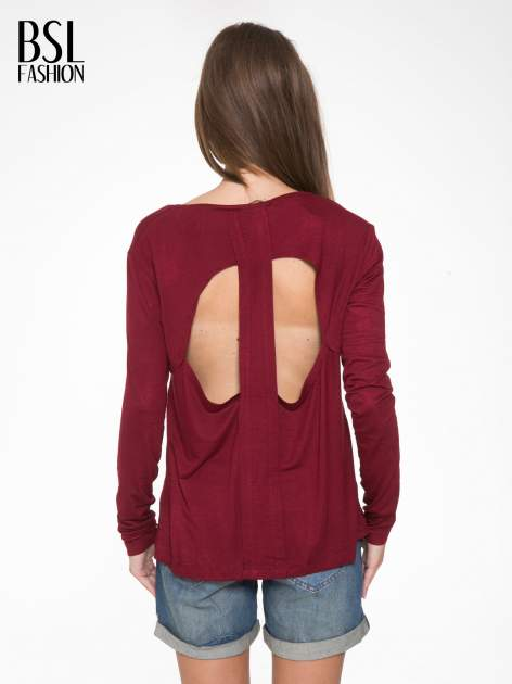 Bordowa bluzka z wycięciami na plecach                                  zdj.                                  4