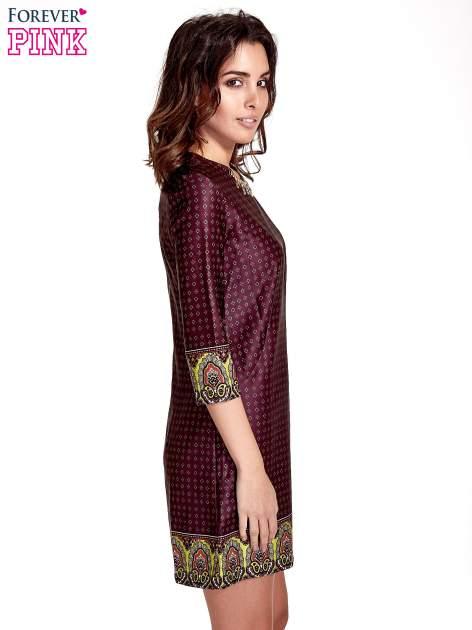 Bordowa sukienka w indyjskim stylu                                   zdj.                                  3