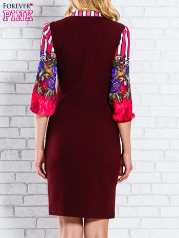 Bordowa sukienka w kwiaty w orientalnym stylu                                  zdj.                                  2