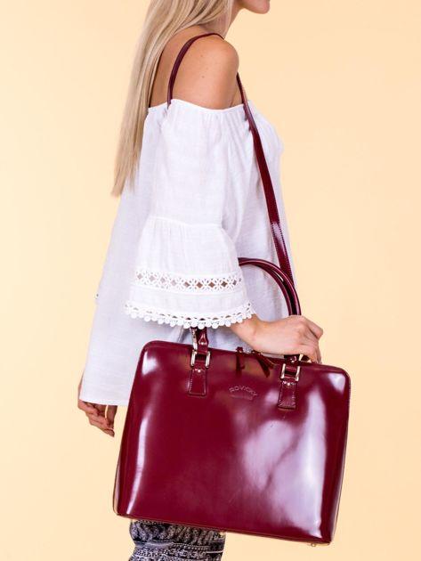 Bordowa torba damska z odpinanym paskiem                              zdj.                              1