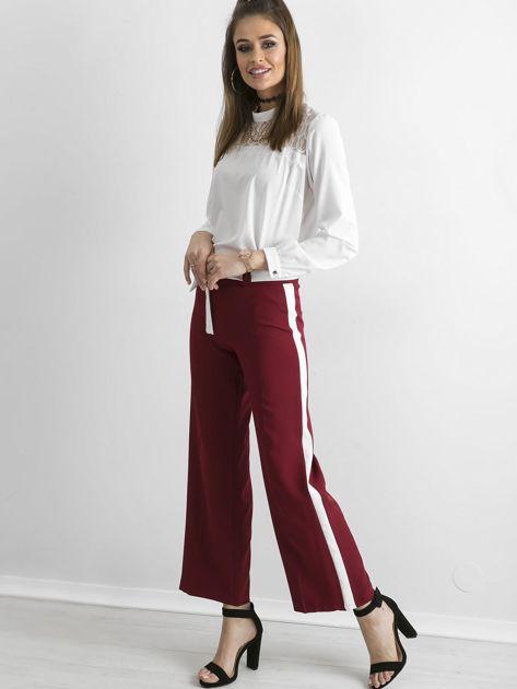 Bordowe szerokie spodnie z lampasami                              zdj.                              4