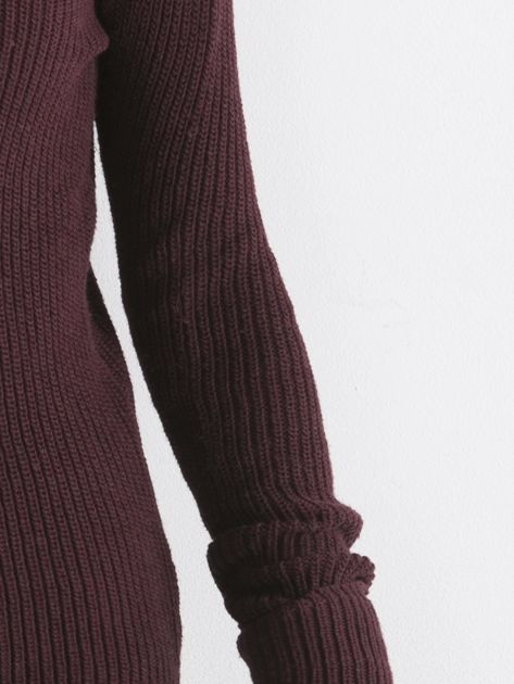 Bordowy sweter z podwijanymi rękawami                              zdj.                              5