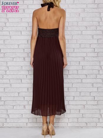 Brązowa plisowana sukienka maxi wiązana na plecach                                  zdj.                                  2