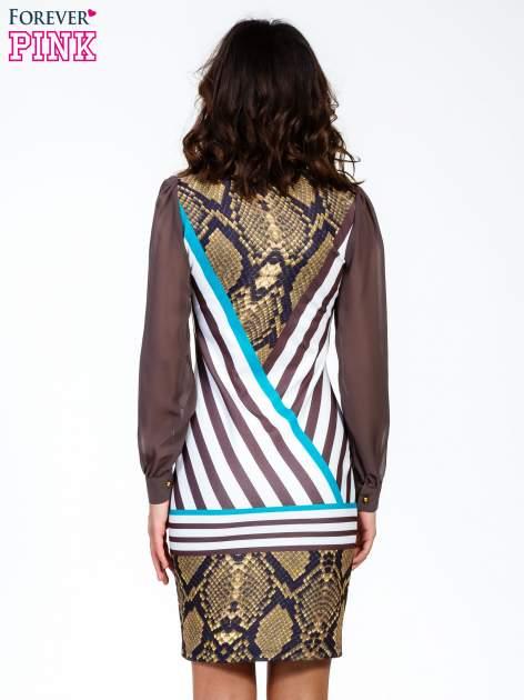 Brązowa sukienka z  wiązaniem przy dekolcie i nadrukiem skóry węża                                  zdj.                                  4