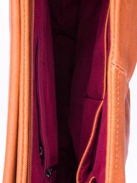 Brązowa torba hobo z suwakami po bokach                                  zdj.                                  5