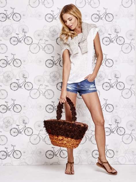 Brązowa torba koszyk plażowy z ozdobnymi kwiatami                                  zdj.                                  1