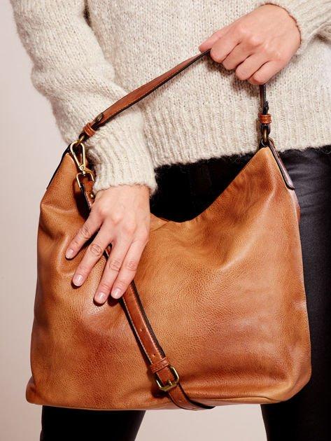 Brązowa torba z motywem plecionki                              zdj.                              3