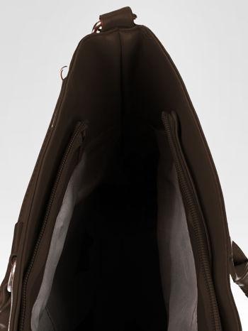 Brązowa torebka city bag z zatrzaskiem                                  zdj.                                  10