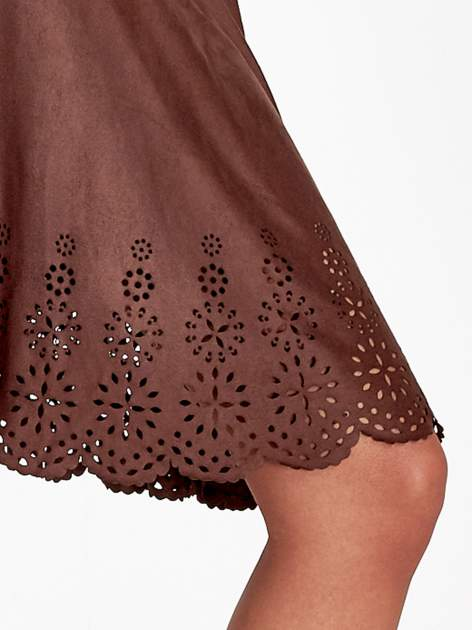 Brązowa zamszowa spódnica w stylu boho                                  zdj.                                  6