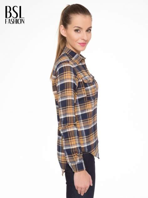 Brązowo-granatowa damska koszula w kratę z kieszonkami                                  zdj.                                  4