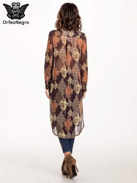 Brązowo-pomarańczowa długa koszula mgiełka w patchworkowy print
