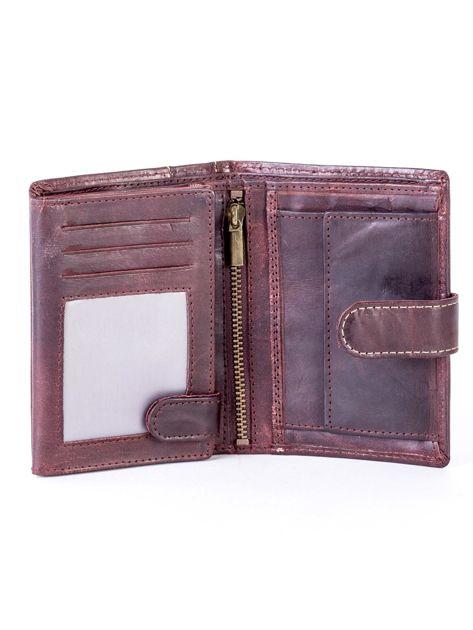 Brązowy portfel męski ze skóry z pionowym tłoczeniem                              zdj.                              4