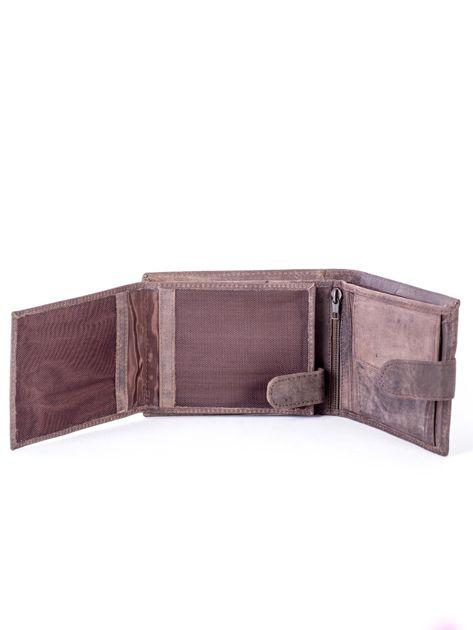 Brązowy portfel męski ze skóry zapinany na zatrzask                              zdj.                              5