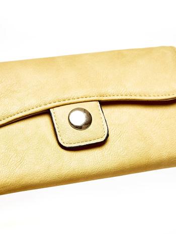 Brązowy portfel z zapięciem na magnes                                  zdj.                                  6