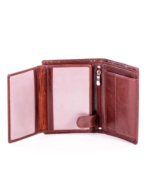 Brązowy portfel ze skóry naturalnej z napisem                              zdj.                              5