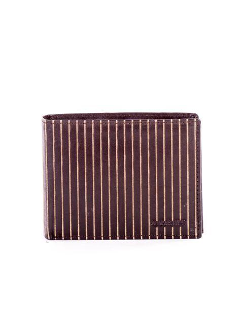 Brązowy skórzany portfel męski w tłoczone paski