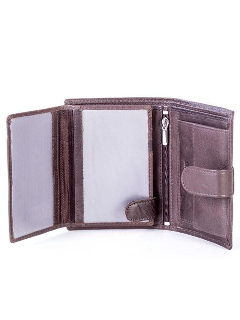 Brązowy skórzany portfel z klapką                              zdj.                              6