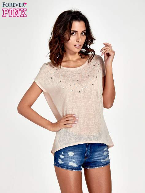 Brzoskwiniowy t-shirt z kryształkami