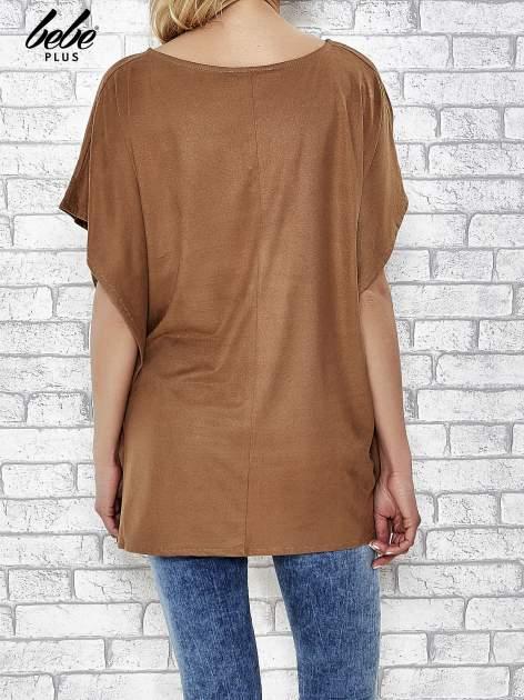 Camelowa zamszowa bluzka z haftem w stylu boho                                  zdj.                                  4