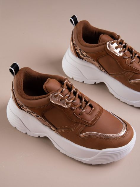 Camelowe buty sportowe na podwyższeniu z błyszczącą wstawką i zwierzęcym motywem                              zdj.                              5