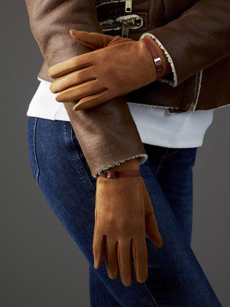 Camelowe rękawiczki damskie z ekologicznego zamszu                              zdj.                              3