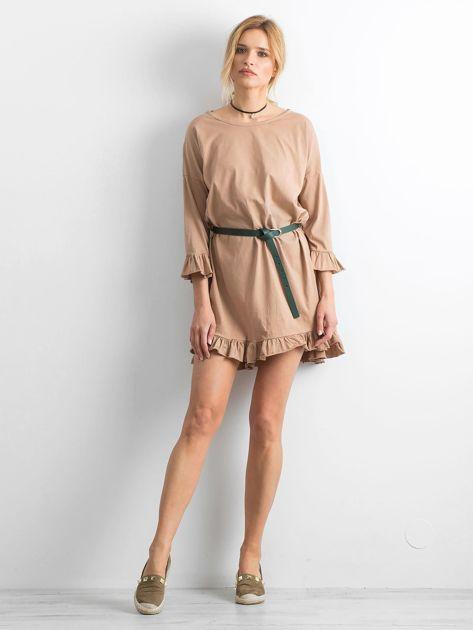 Ciemnobeżowa sukienka z falbanami                              zdj.                              4