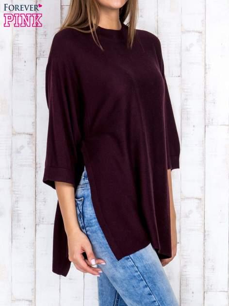 Ciemnobrązowy luźny sweter oversize z bocznymi rozcięciami                                  zdj.                                  3