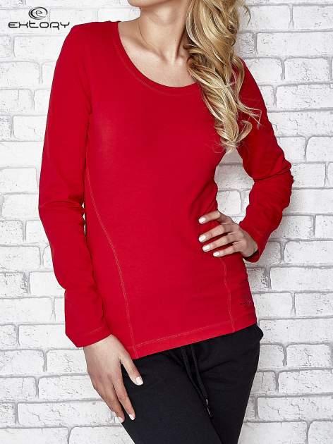 Ciemnoczerwona bluzka sportowa z dekoltem U                                  zdj.                                  1