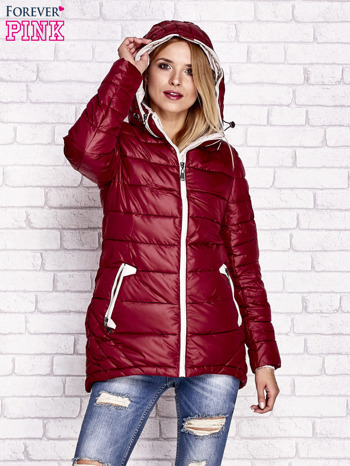 Ciemnoczerwona pikowana kurtka z kontrastowymi suwakami                              zdj.                              5