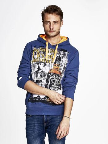 Ciemnoniebieska bluza męska z kapturem z motywem whiskey                              zdj.                              1