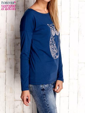 Ciemnoniebieska bluzka z aplikacją w kształcie sowy                                  zdj.                                  3
