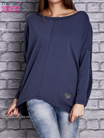 Ciemnoniebieska bluzka z rękawem nietoperz                                  zdj.                                  1
