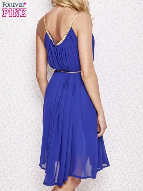 Ciemnoniebieska grecka sukienka ze złotym paskiem                                  zdj.                                  4