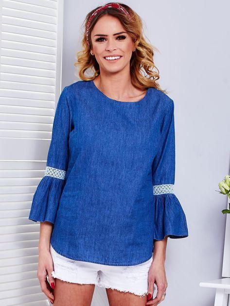 Ciemnoniebieska jeansowa bluzka z szerokimi rękawami                              zdj.                              1