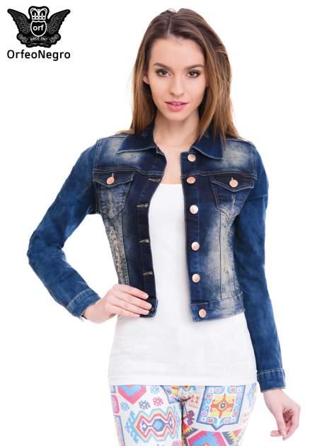 Ciemnoniebieska kurtka jeansowa damska z cieniowaniem i poszarpaniem